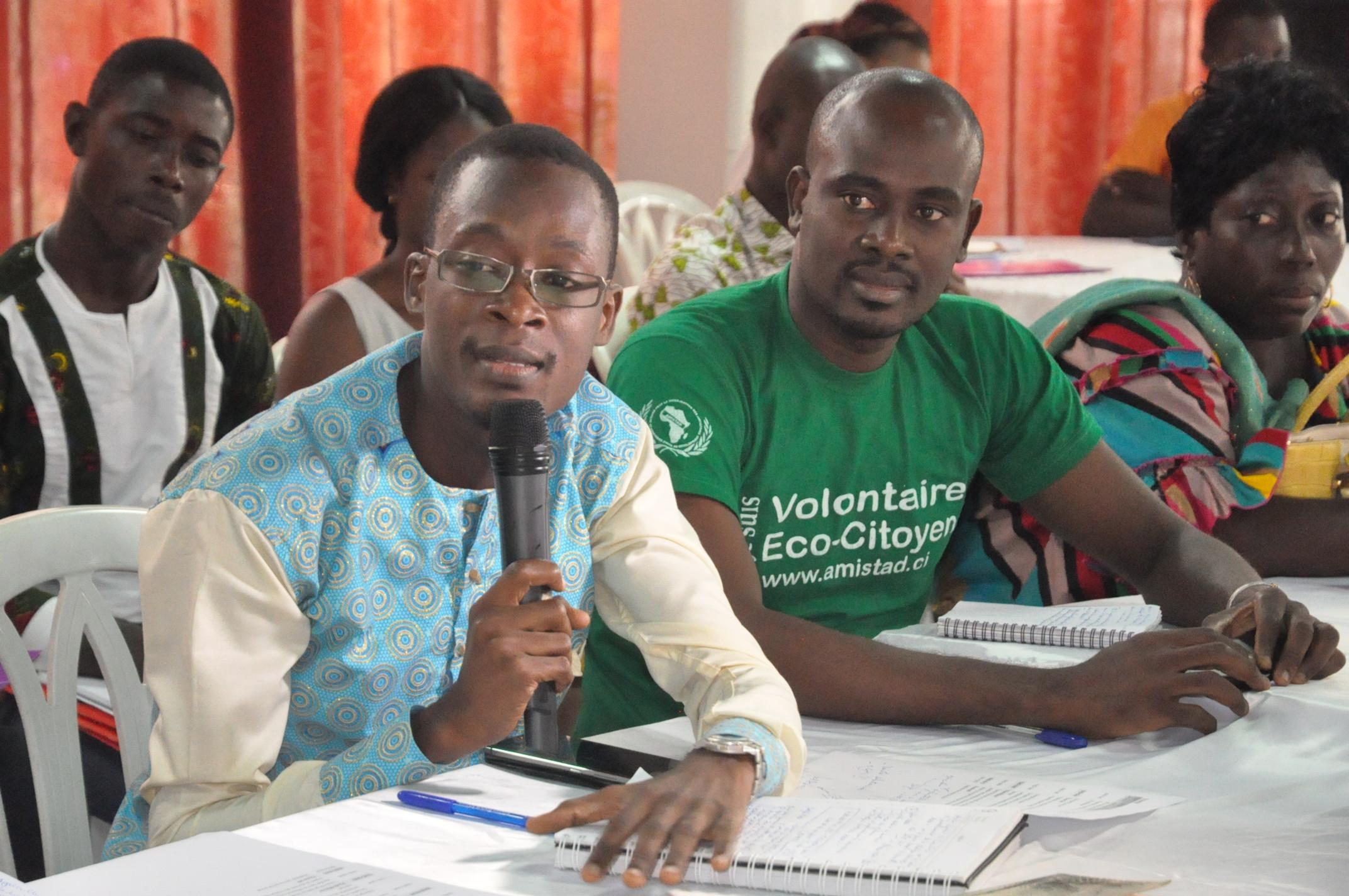 Intervention de Mickaël Koffi Y., président de JADD-CI, lors des consultations régionales du SEP REDD+ (Photo Emile KONAN/Afrique Green Side)