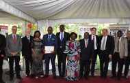 RECHERCHE SCIENTIFIQUE : Le professeur Bassirou Bonfo passe le flambeau au professeur Inza Koné