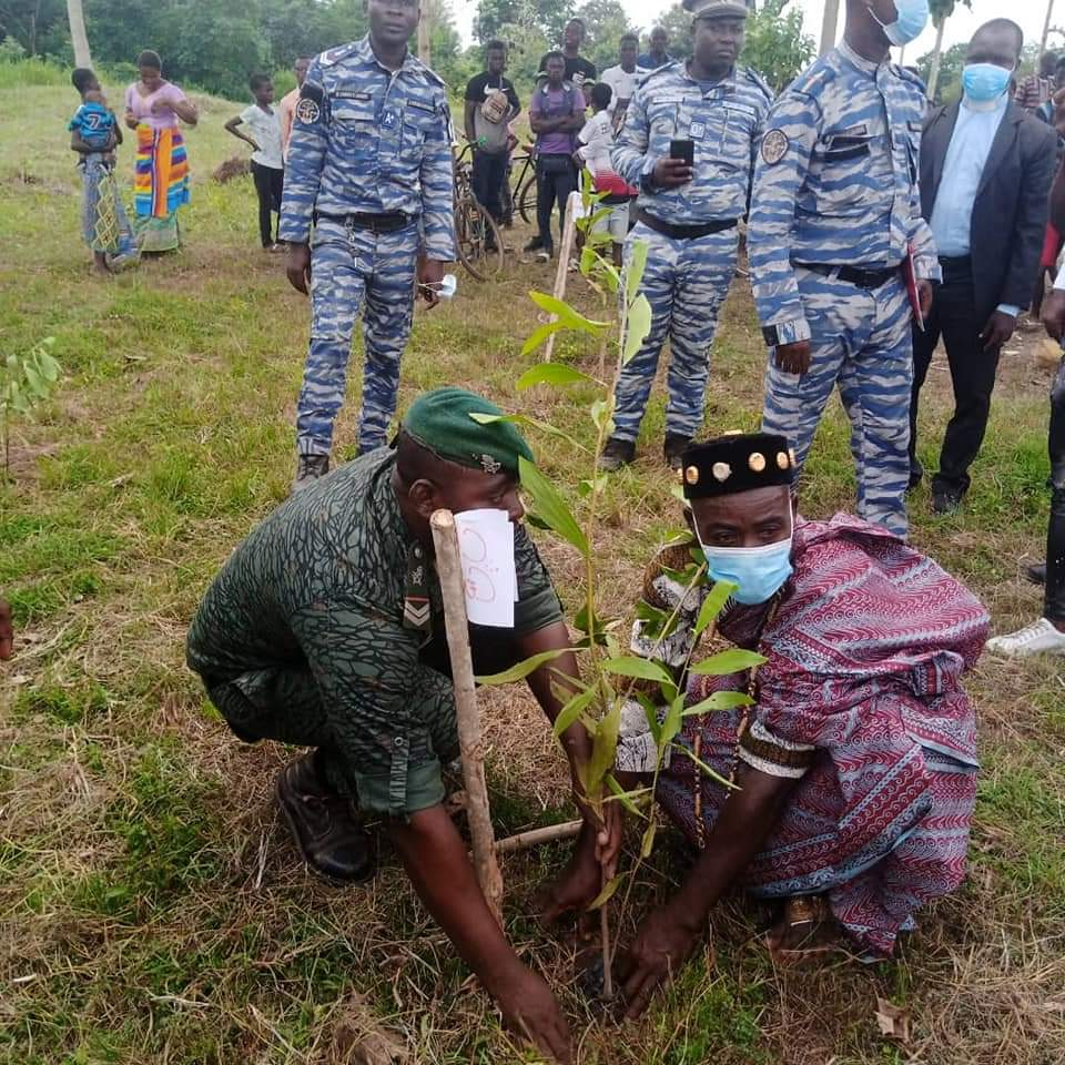 BEOUMI : 103 arbres plantés à Ando-kékrénou